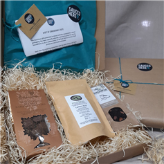 Fully gift wrapped Peak District grab hamper - our quickest and easiest of gifts